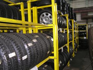 Сезонное хранение шин в гараже