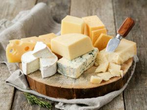 Изображение - Выгодно ли сыроварение как домашний бизнес Cheese_Many_478106_1600x1200-300x225